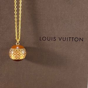 LOUIS VUITTON LV Flower Sphere Charm Necklace